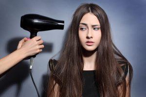 Choisir son seche cheveux ioniques